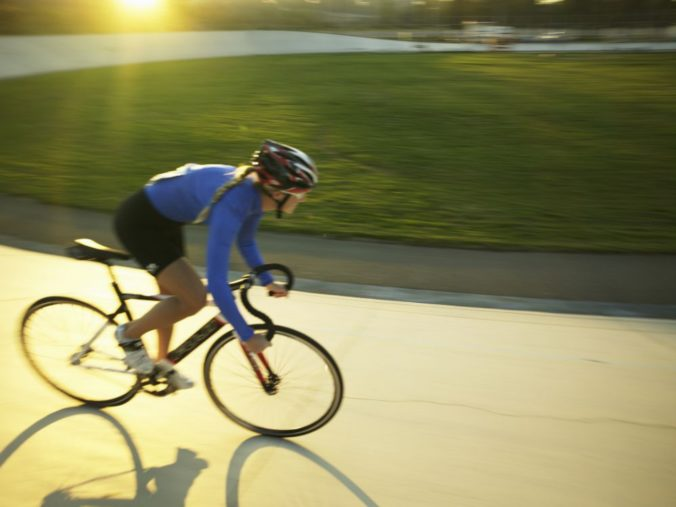 Cyklistika jako doplňkové kardio fitness pro ženy