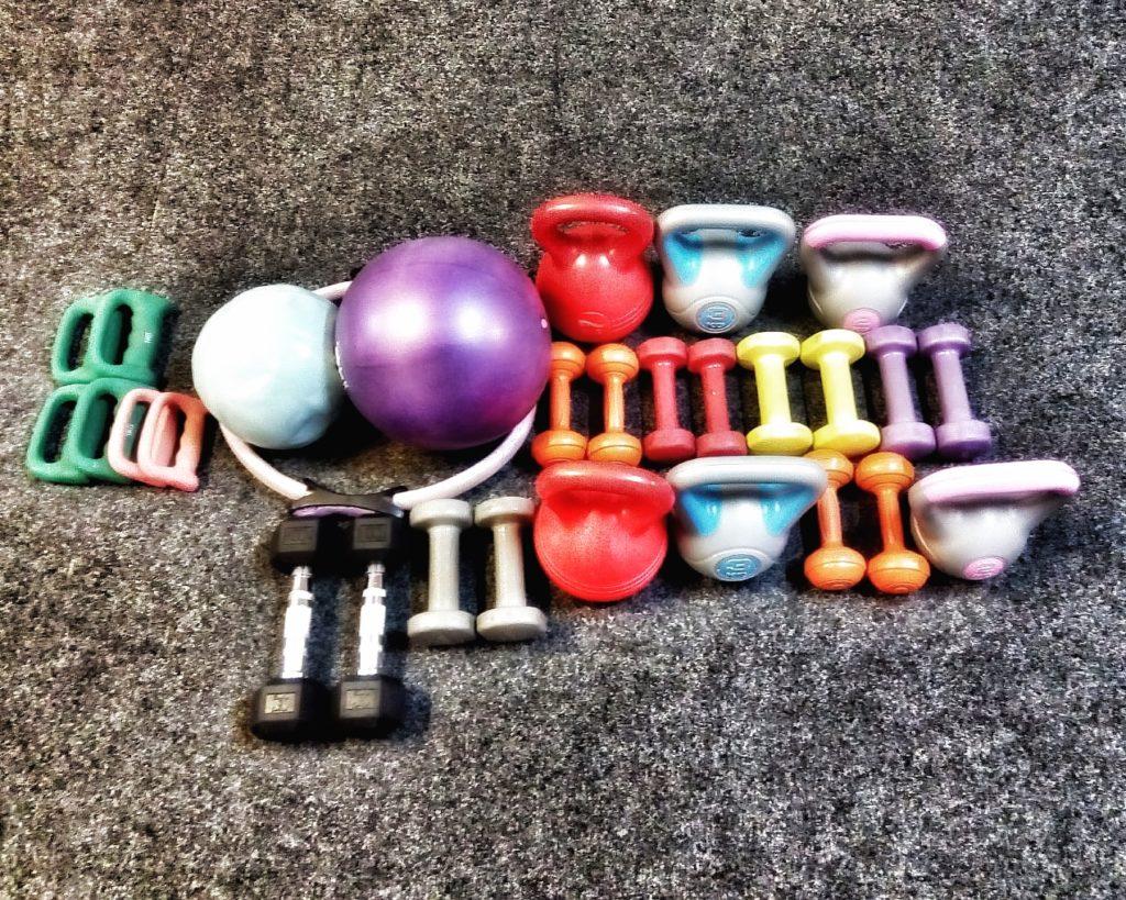 sada doplňkových činek pro cvičení v aura kruhovém tréninku nebo volné cvičení mimo kruh při LISS intenzitě